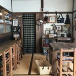 ポチ屋cafe - 木の暖か味満点の、お家カフェです(2018.11.1)