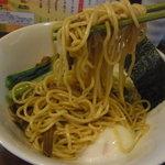ラハメン ヤマン - 麺リフト