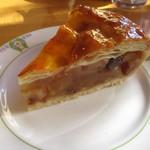 万平ホテル カフェテラス - アップルパイ