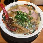 元祖 ラーメン宝 - 料理写真:萬両 醤油ラーメン  ¥750