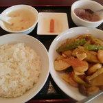 北京老飯店 - 芝エビとなすの四川風炒め定食