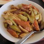 北京老飯店 - 牛肉とセロリの醤油炒め