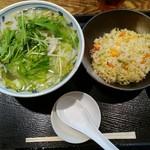 天地あまっち - 野菜たっぷりタンメン700円+半チャーハン250円