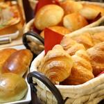 王様の食卓 - 料理写真:ランチパン食べ放題 不定期開催