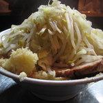 ラーメン 大 - 小 野菜増しニンニク