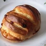 メゾン・カイザー・ショップ - イチジクのパン