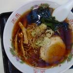大新食堂 - 料理写真:中華そば(\380税込み)