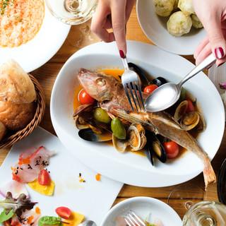 離島から直接届けられる鮮魚を使ったコース料理