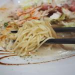 鯛塩そば 縁 - 麺アップ