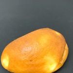 ラ・マン・キ・パンス - 料理写真:クリームパン(170)