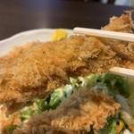 正味亭 尾和 - カキフライ定食1,100円のカキフライのアップ