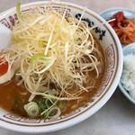 にゃがにゃが亭 - 料理写真:「ねぎ味噌らうめん」900円也。税込。