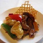 香虎 - 香り松茸と牛ロースのXO醤炒め