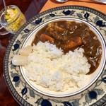 ゆずカフェ - 牛肉と根菜のカレー・700円