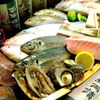徳島の地魚に魅了。鱧やアオリイカ、真鯛などの活魚に舌鼓◎