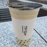 TP TEA - タピオカミルクティー(大粒)氷なし 594円
