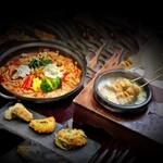 koreAn diNing GOMAmura - 韓国の屋台メニューが一つの鍋に!「チゲトッポギコース」