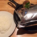つばめグリル - 「つばめ風ハンブルグステーキ」! 美味しさが隠れております。