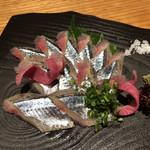 七之助 - 秋刀魚の刺身