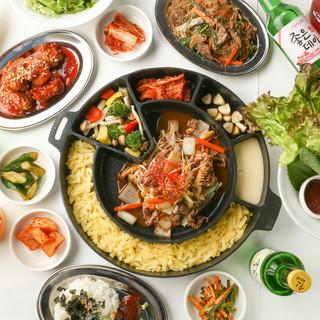 本場韓国料理をあれこれ楽しめる