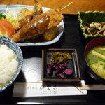 9576447 - 串カツと魚フライ盛合わせ定食 600円