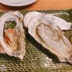 さしすせそ - 生牡蠣と蒸し牡蠣   蒸しの方が味が出てました