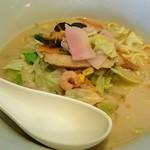 リンガーハット - ちゃんぽんは麺半玉分大盛り(ランチ無料)