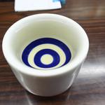 (有)旭屋酒店 - 日本酒は蛇の目1合ぐい呑みで頂きます