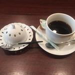 epais - デザートアイス+お茶