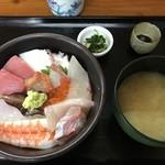 たのし家 - 海鮮丼=800円