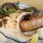 9578831 - お得な焼き魚定食!お魚が2種です。