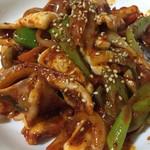 上野ソルロンタン - イカ炒めです これがとっても美味しい 韓国の方はイカ好きらしいですよ