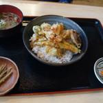 95792021 - 天丼 880円