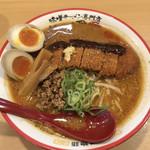 麺屋・國丸。 - 北海道百年味噌カツラーメン♪