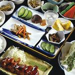 四季の里 比良 - 田舎料理定食