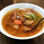 刀削麺 福龍門 - 牛と野菜の辛味煮込み刀削麺