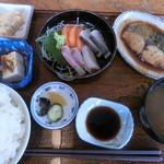 95800376 - おすすめ膳。煮魚(鰆)。1500円
