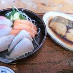 95800451 - おすすめ膳。煮魚(鰆)。1500円