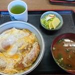 松葉屋 - 料理写真:チキンカツ丼 ¥900