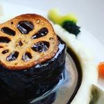 BISTRO Lanterne - 料理写真:『子鹿とフォアグラのカイエット』