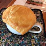 小さな森の喫茶店 レストラン ワイルドダック - パイ釜焼きスープ