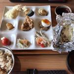 地産地消 創作和風ビュッフェ 和の膳 - 料理写真: