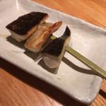 95812020 - 秋鯖。マサバで脂質が21%以上だととろ鯖と呼ぶらしい。うまい‼︎