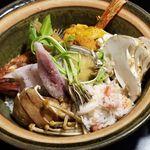 吉祥寺 三うら - 季節の土鍋ご飯(コース料理のみ提供)