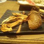 柳家 - ヒラタケの炭火焼き