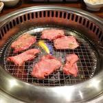 95816090 - お肉焼き焼き♥