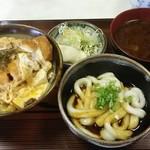 95825055 - ミニカツ丼とミニ伊勢うどんセット 950円