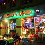 PENNY'S DINER -