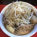 95835543 - 味玉ラーメン(野菜マシ・ニンニク))