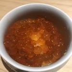95836578 - 新イクラの卵かけご飯、黄柚子の香りをまといます